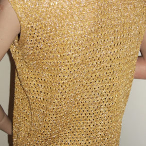 1970s gold knit top, back view - disco babe!