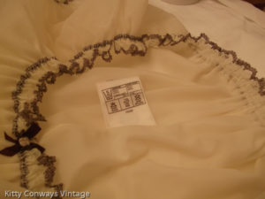1960s/70s C&A baby doll nightdress label - washing instructions