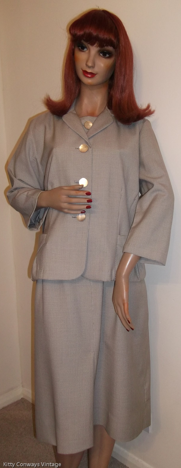 1950s/60s dress suit - front view with jacket on
