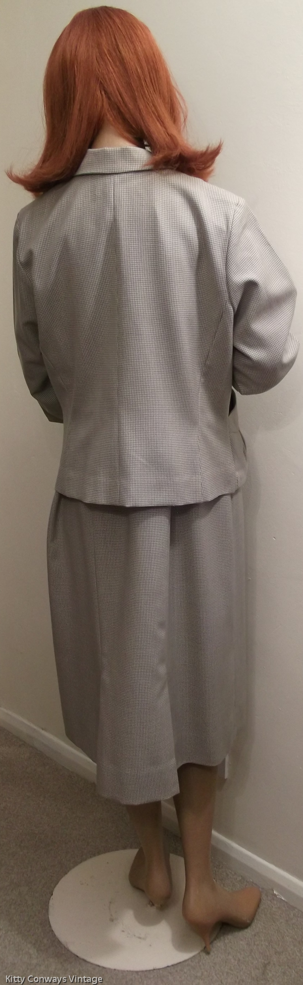 1950s/60s dress suit - back view