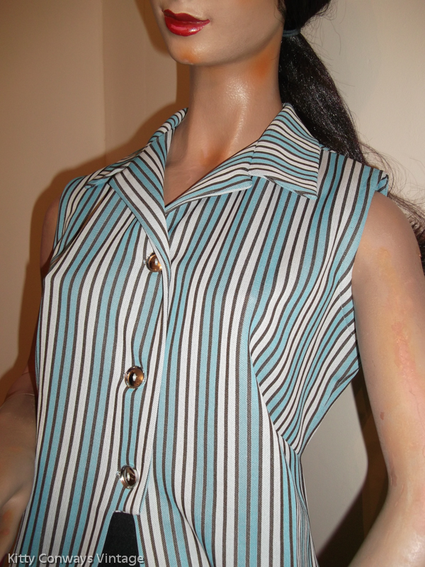 1970s blue striped top - crimplene